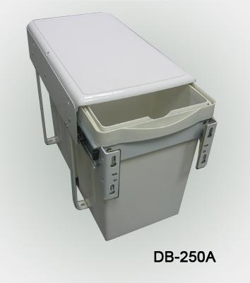 橱柜垃圾桶/plastic products/橡胶和塑料